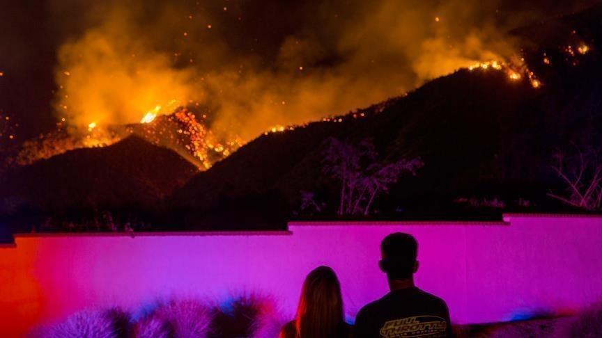 ارتفاع حصيلة ضحايا حرائق كاليفورنيا إلى  مصرع 42 و200 في عداد المفقودين