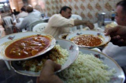 لهذه الاسباب ..  إغلاق 80 مطعماً في مناطق متفرقة من العاصمة