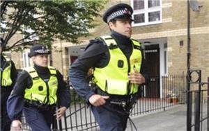 الشرطة البريطانية تجرى تفتيشا لـ 3 عقارات بعد حادث البرلمان