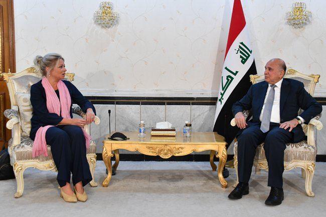 وزير الخارجية لممثلة الامم المتحدة : الحكومة بذلت جهودا لتأمين الخضراء والمطار