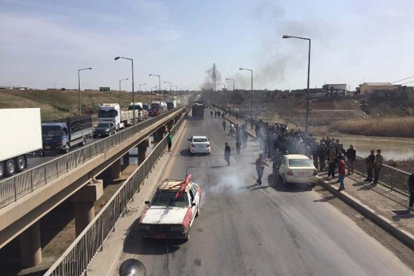 موصليون يشكون مضايقات السيطرات ومجلس نينوى يعد بمحاسبة المقصرين