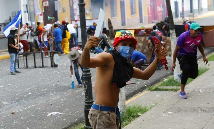 أمريكي بين قتلى الإضرابات في نيكاراغوا