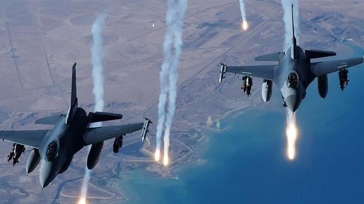 بالفيديو ..  طيران التحالف الدولي يدك اوكار داعش في وادي الثرثار