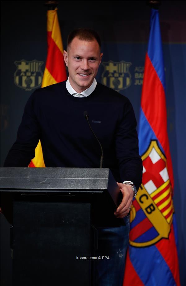 شتيجن يضع شرطا باهظا للاستمرار مع برشلونة