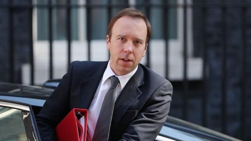 وزير الصحة البريطاني يعلن اصابته بفيروس كورونا
