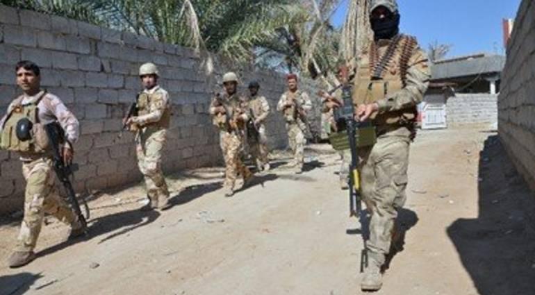 تنفيذ حملة دهم وتفتيش لضبط أسلحة واعتقال مطلوبين في البصرة
