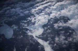 ناسا تلتقط صورا لظاهرة تشكل الغيوم المتوهجة فوق القارة القطبية الجنوبية